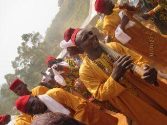 Hommes Ndoutset - Nkana danse